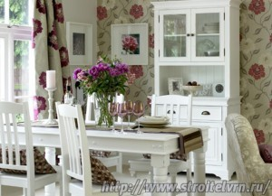 Reinvent Your Eating Space With A Dining Room Makeover